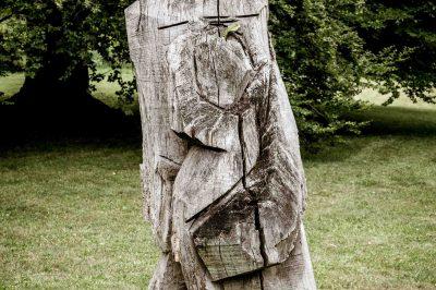 Mutter aus Holz