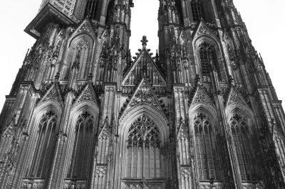 Domfront, Köln